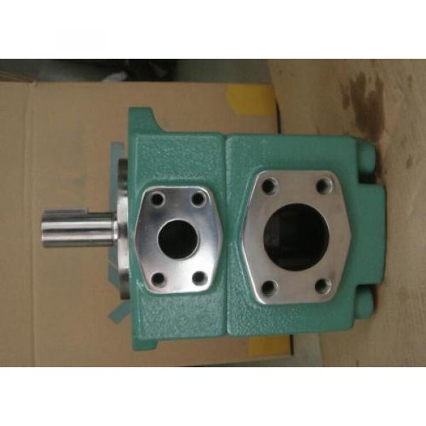 PV2R2-33-F-RAA-41 Υδραυλική αντλία πτερυγίων